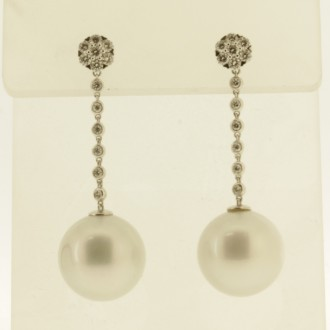 ED0518 18ct Pearl & Diamond Drop Earrings