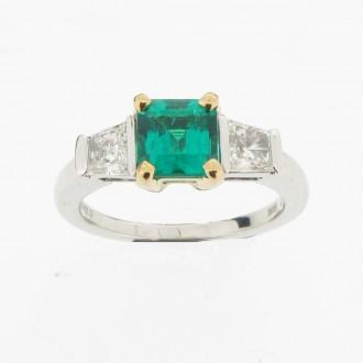 MS4637 Emerald & Diamond Ring