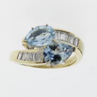 MS6010 Aquamarine & Diamond Crossover Ring