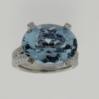 MS6569 18ct Aquamarine Ring
