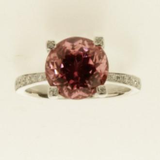 MS6840 18ct Tourmaline & Diamond Ring