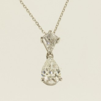 MS6885 Diamond Pendant