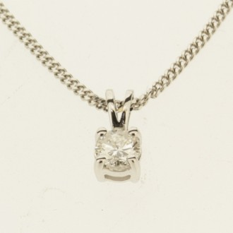 MS7299 18ct Diamond Pendant