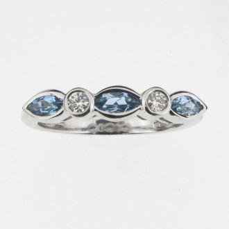 RD0066 Aquamarine & Diamond Ring