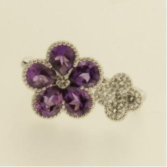 RO0063 18ct Amethyst and Diamond Flower Ring