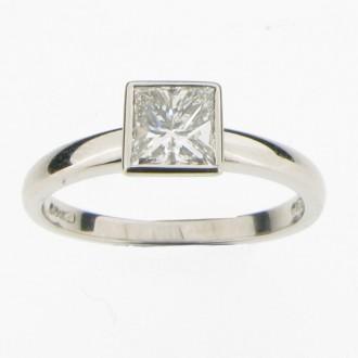 MS1808 Princess cut Diamond Ring