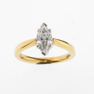 RD0153 18ct Diamond Marquise Ring