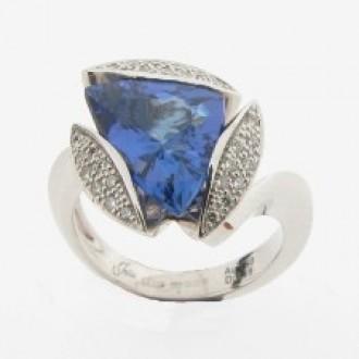 RM0058 Tanzanite & Diamond Ring